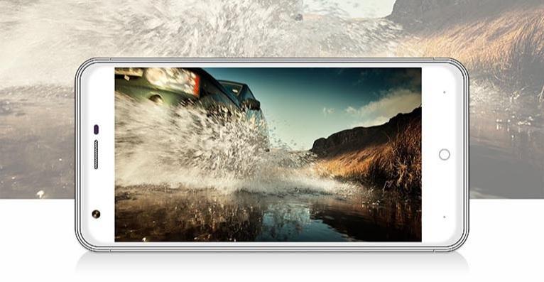 ZOPO ZP530   5 дюймовый смартфон с 2.5D дисплеем