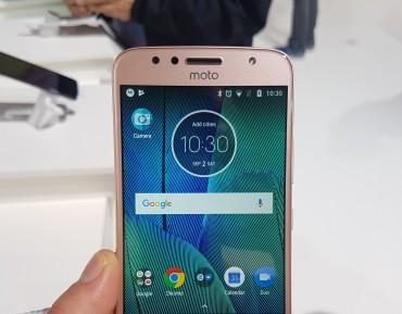 Moto G5S Plus w obiektywie